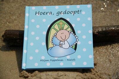 Kinderboekje: Hoera, gedoopt!